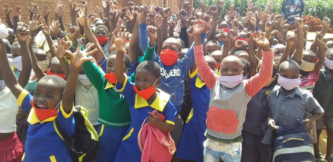 Donación de 3.400 mascarillas de la empresa Robin Mask